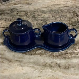 Fiesta Covered Creamer and Sugar Set with Tray